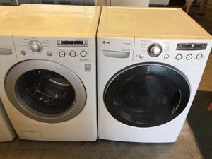 LG washer and gas dryer for Sale in Fresno, CA