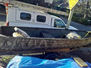 14 foot aluminum boat and trailer for Sale in Portland, OR