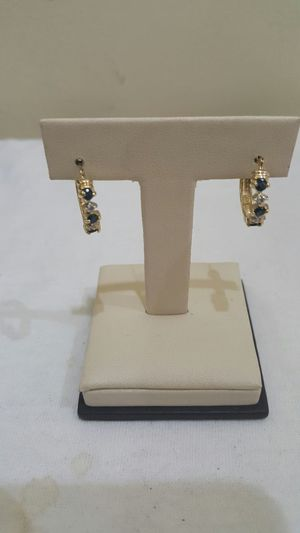 10k yellow gold earring with diamond for Sale in Philadelphia, PA