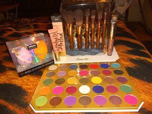 Make-up Bundle for Sale in El Paso, TX