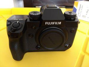 Fujifilm X-H1 camera body pristine condition. B cam that was not used for Sale in Sacramento, CA