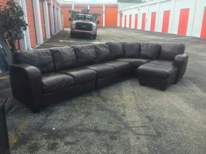 Sensational couch for Sale in Sunrise, FL