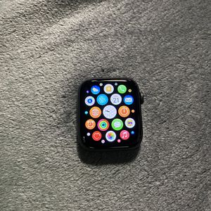 apple watch series 4(44mm) for Sale in Long Beach, CA