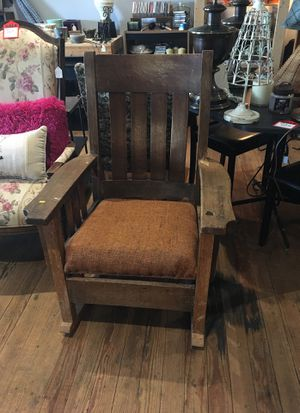 Rocking chair for Sale in Lathrop, MO