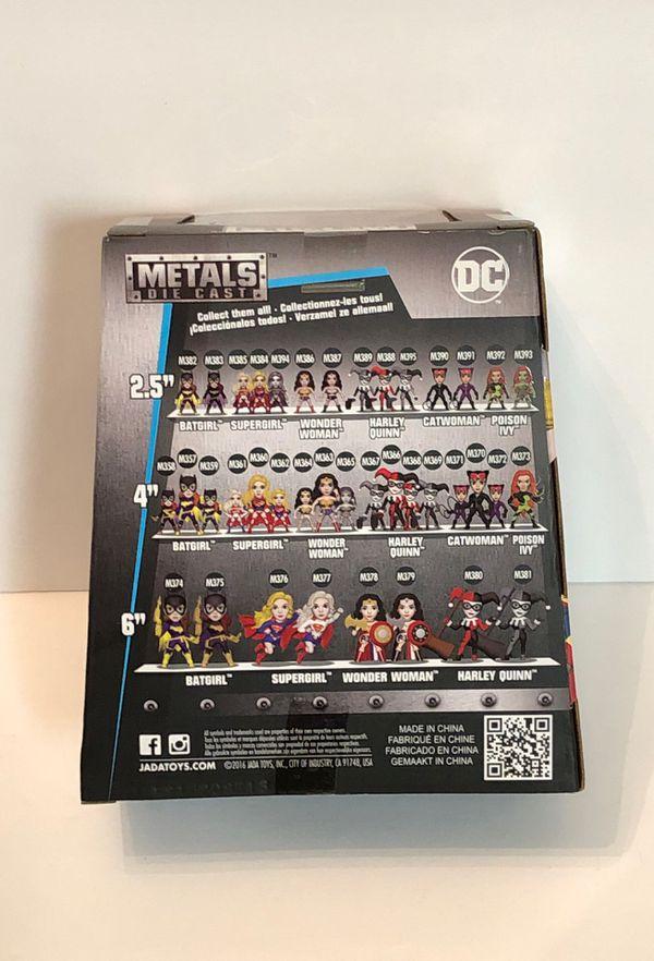 "DC Comics Supergirl 4"" Die-Cast Metal Figure Jada Toys M360"