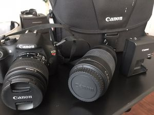 Canon EOS Rebel T5 DSLR Camera w/ 18-55mm and 75-300mm Lenses for Sale in Los Angeles, CA