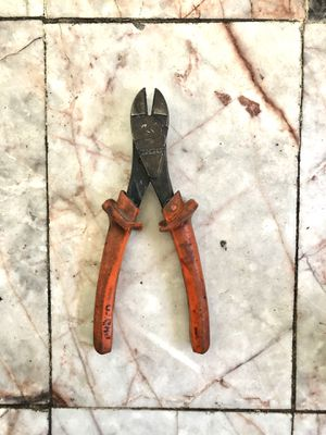 🛠 PROTO INSULATED DIAGONAL CUTTING PLIERS 🛠 for Sale in Carson, CA