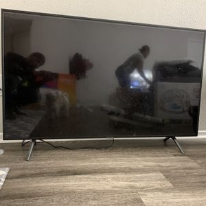 55 Inch Samsung Broken Screen for Sale in Atlanta, GA