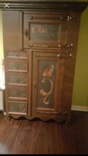 Antique cabinet for Sale in East Brunswick, NJ