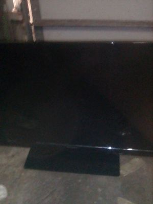 """Westinghouse 32""""flat screen TV w/remote for Sale in Antioch, CA"""