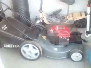 Craftsman gas lawn mower for Sale in Fresno, CA