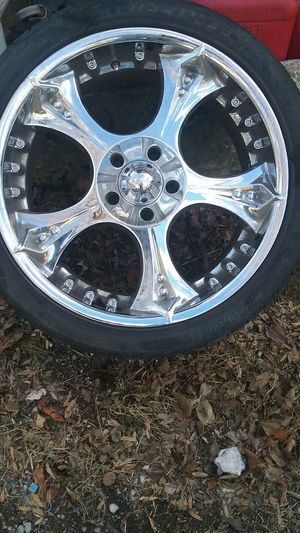 "4 rims 22"" para ford for Sale in Nashville, TN"