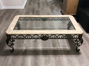 Coffee table for Sale in Palm City, FL