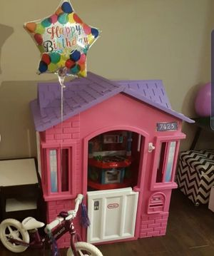 Little tikes pink playhouse for Sale in Meriden, CT