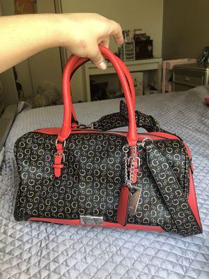 Guess duffel bag for Sale in Manteca, CA