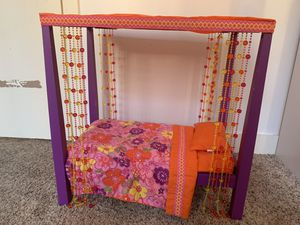 American Girl Doll Julie's Bed for Sale in Chicago, IL