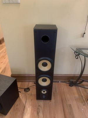 Pioneer Speakers set of 2, Sony set of 2 Polk Audio subwoofer needs receiver for Sale in Chicago, IL