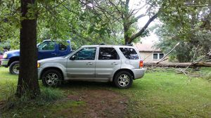 2004 Ford Escape auto 4x4 for Sale in Mount Vernon, OH