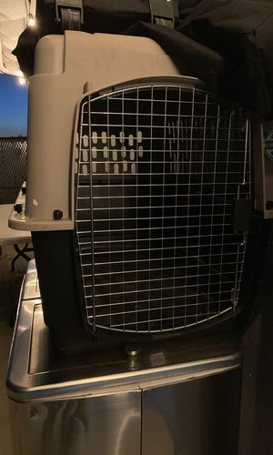 Dog kennel large for Sale in Chula Vista, CA