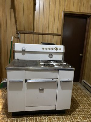 Monarch Electric Vintage Wood and 4-Burner Stove for Sale in Vancouver, WA