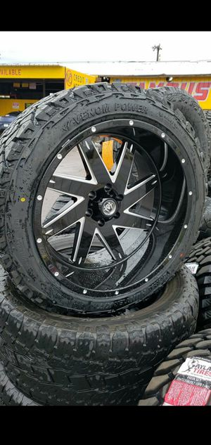 22x12 black hardcore offroad rims 6 lug 6x139 whit New all terrain tires 33 1250 22 for Sale in Phoenix, AZ