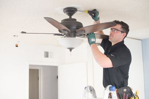 Ceiling fans, chandeliers and light fixtures installation for Sale in Grand Prairie, TX