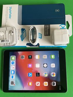 Apple IPad Mini 2 (Retina Display/ 2 HD Camera / IOS 12) 16GB with complete Accesories (Roblox / Disney+ Supported) for Sale in El Monte,  CA
