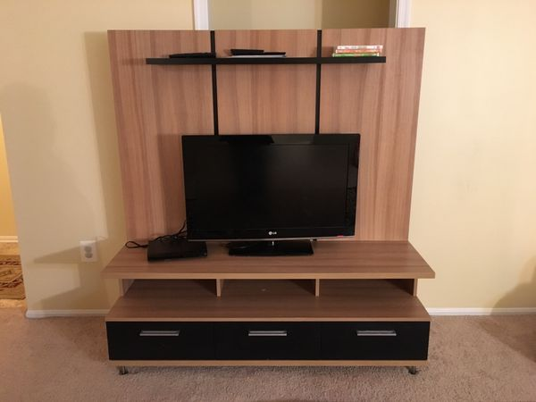 TV entertainment center/ TV Stand