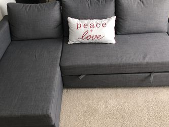 Grey Comfortable Futon Couch for Sale in Kirkland,  WA