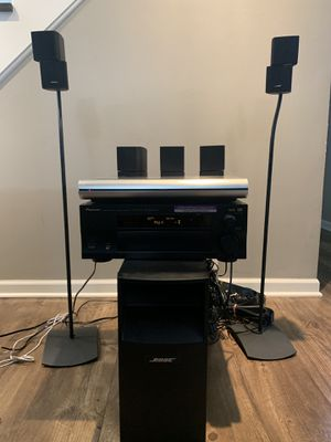 Bose Acoustimass® 16 home entertainment speaker system for Sale in Carol Stream, IL