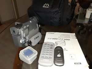 Canon video camcorder - ZR300/ZR200 for Sale in Hialeah, FL