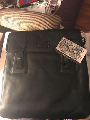 Dopp Leather Messenger Handbag for Sale in Chicago, IL