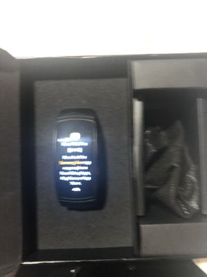 New Samsung gear fit2 pro size large for Sale in Los Angeles, CA