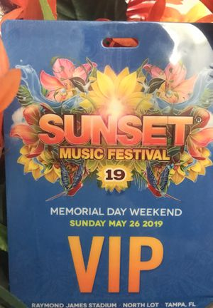 SUNDAY VIP ENTRY SUNSET Music Fest 2019!!! for Sale in Tampa, FL