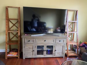 2 Bookshelves (not tv stand) for Sale in Des Plaines, IL