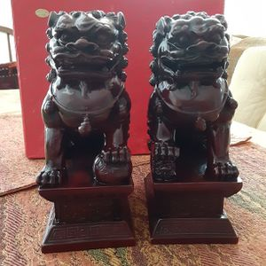 ORIENTAL DECOR A PAIR OF CHINESE FOO DOG for Sale in Orlando, FL