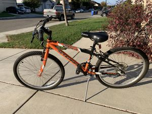 Schwinn kids mountain bike for Sale in Oakley, CA