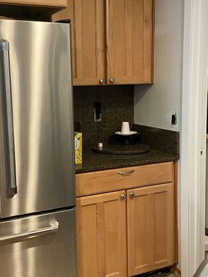 9pc kitchen cabinets for Sale in Seattle, WA