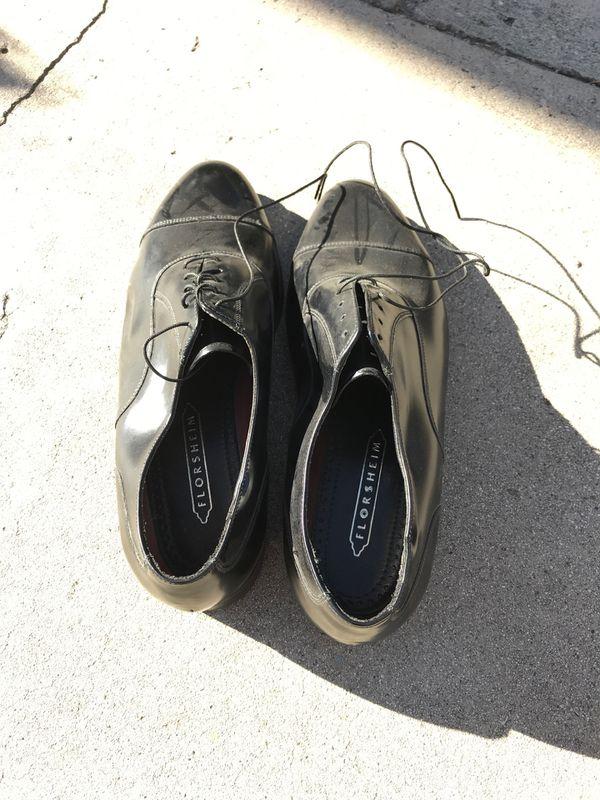 Florsheim Men's Dressy Shoes Size 9 1/2 (🚨Read Description)