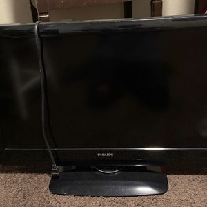 32 inch TV (PHILIPS) for Sale in Clovis, CA