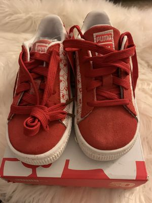 Brand new hello kitty puma toddler size 9 for Sale in San Diego, CA