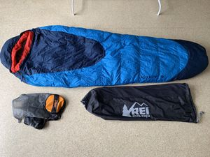 Kelty Cosmic Down 19F with Waterproof compression sack for Sale in Tacoma, WA