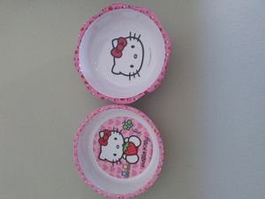 Hello Kitty Food and Water Bowl Set $5 for Sale in Norfolk, VA