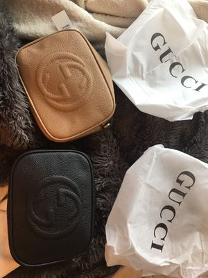 Today only Two brand new cross body purses women's black and beige for Sale in Menifee, CA
