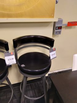 Swivel Bar Stool for Sale in Farmers Branch,  TX