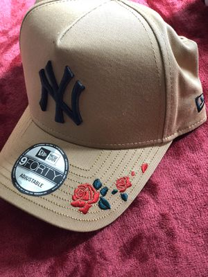 New Era - New York Yankees Rose Embroidered Wheat Curved Snapback for Sale in Fairfax, VA