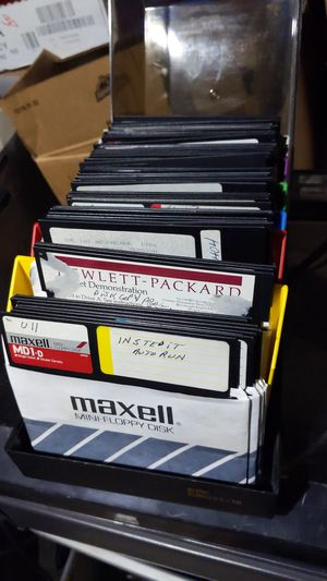 Various floppy disc for Sale in Woodlake, CA