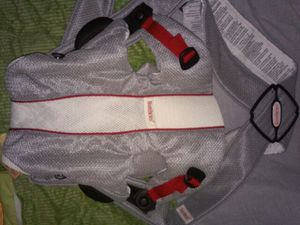 Baby Bjorn baby carrier for Sale in Columbus, OH