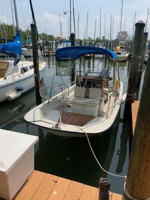 Boston Whaler Montauk 17ft. for Sale in Gulfport, FL