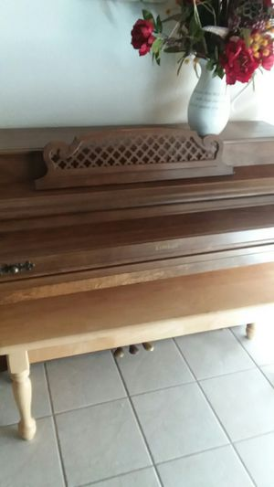 Kimball consolette piano for Sale in Apple Valley, CA